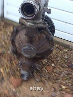 1.5 Graco Husky 1590 Air Diaphragm Pump