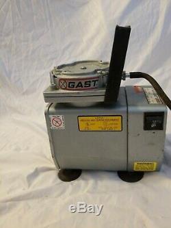 GAST Model DOL-122A-AA Diaphragm VACUUM PUMP, Oil-less Air Compressor 115 V 4.2A