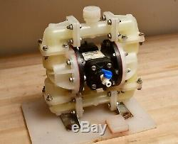 Sandpiper 3/4 Air-Op PTFE/Santoprene Diaphragm Pump 23gpm 100psi S07B1P2PPNS000