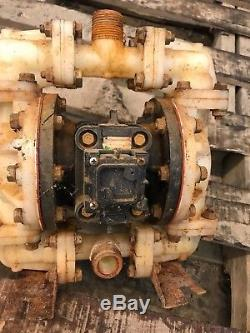 Sandpiper S052K2TPN5000 1/2/1 Air Operated Diaphragm Pump 0-14 GPM, Kynar PVDF